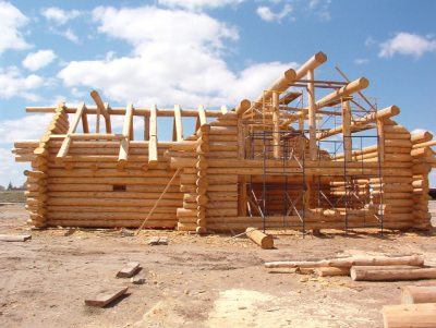 Как построить недорогой дом из сруба под ключ