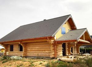 Сруб дома, построенный близ г. Селижарово