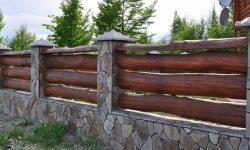 Забор бревенчатый