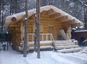 Сруб дома, построенный в Вологодской области, вблизи г. Вытегра.